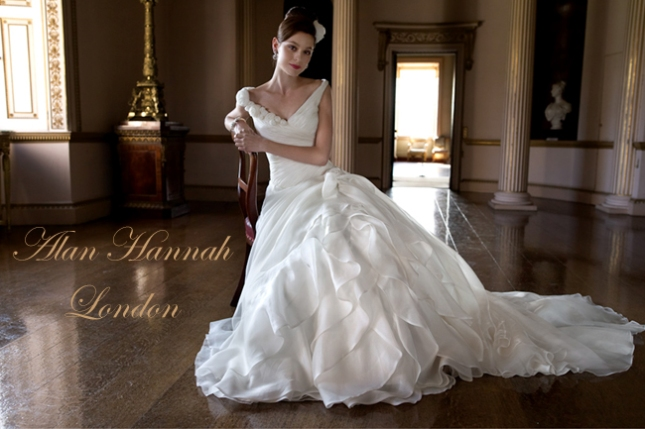 Vestido de noiva London Traje Social Couture em Curitiba